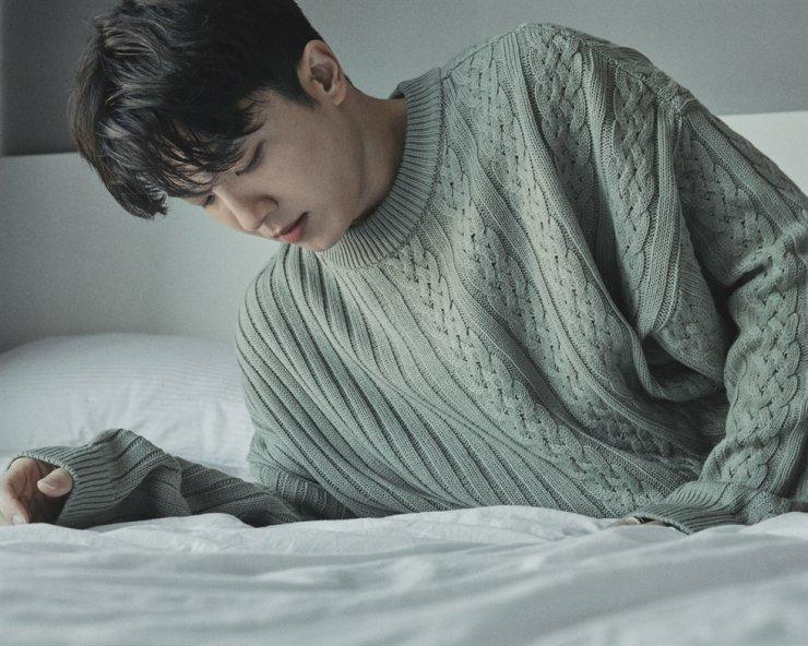 Singer-songwriter Jukjae will release his second mini-album '2006' on Thursday. Courtesy of Antenna