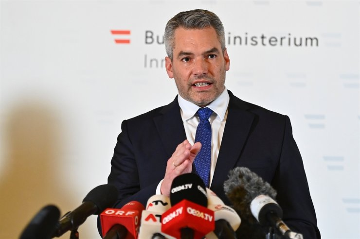 Austria's Interior minister Karl Nehammer addresses a press conference on Nov. 2, 2020, in Vienna, following a shooting in the center of the city. AFP