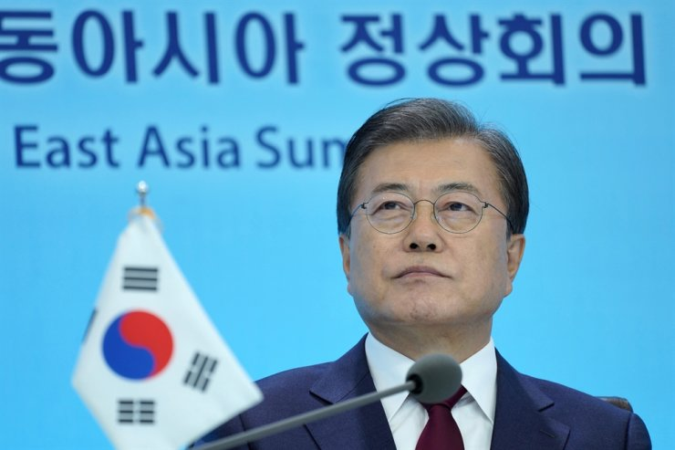 President Moon Jae-in attends the East Asia Summit, held virtually, at Cheong Wa Dae, Saturday. / Joint press corps