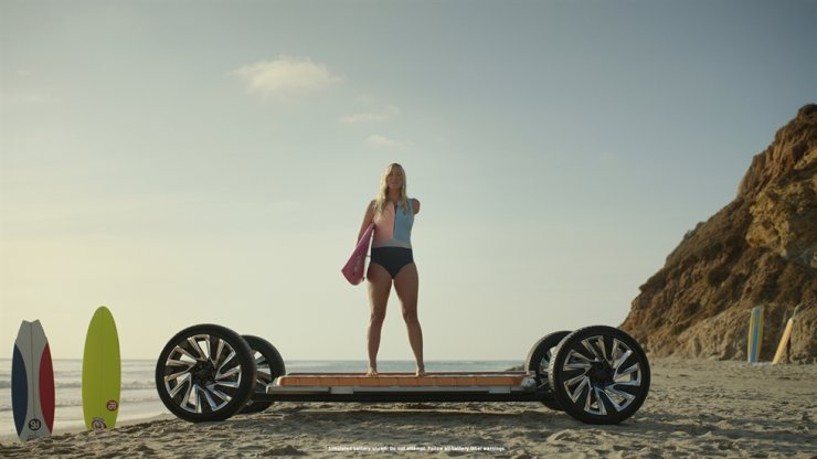 Professional surfer and shark attack survivor Bethany Hamilton explains the 'Everybody In' campaign on the Ultium vehicular platform. / Courtesy of General Motors