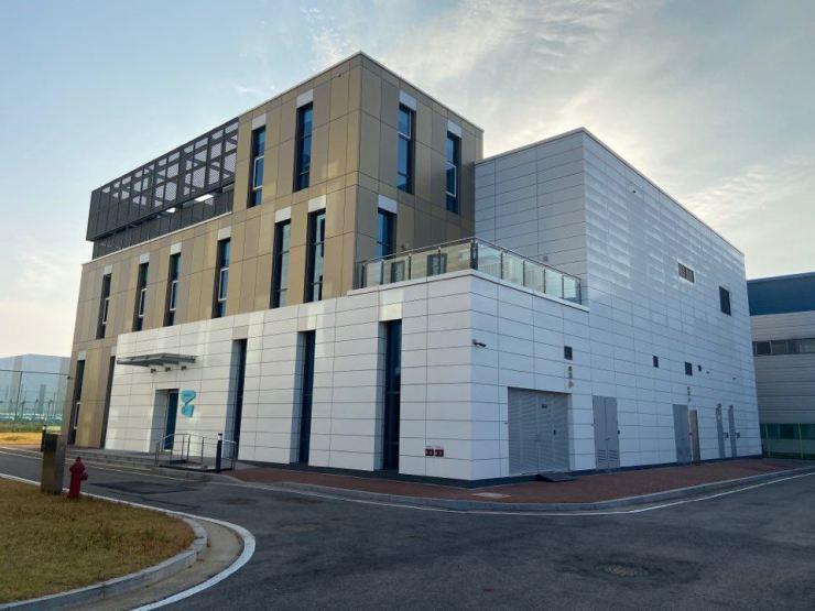 Merck's OLED Application Center in Pyeongtaek, Gyeonggi Province / Courtesy of Merck