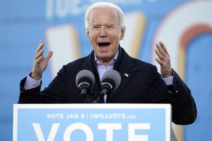 U.S President-elect Joe Biden delivers an address in Atlanta for Democratic candidates on Jan. 4, the eve of the Georgia Senate election. AP-Yonhap