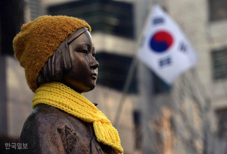 A comfort woman statue in Seoul / Korea Times file