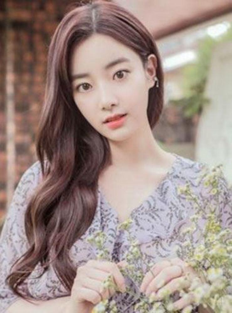 Lee Hyun-joo, former member of K-pop group April / Korea Times file