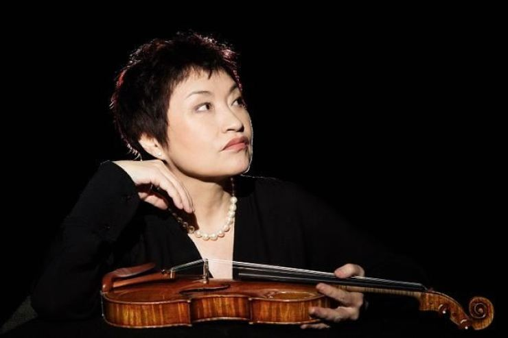 Violinist Chung Kyung-wha / Courtesy of Vincero