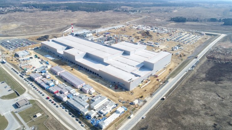 An overview of SK IE Technology's lithium-ion battery separator factory in Poland / Courtesy of SK Innovation