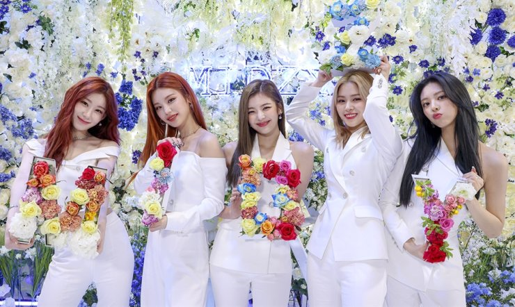 K-pop girl band ITZY will return with the new album 'Guess Who,' April 30. Courtesy of JYP Entertainment