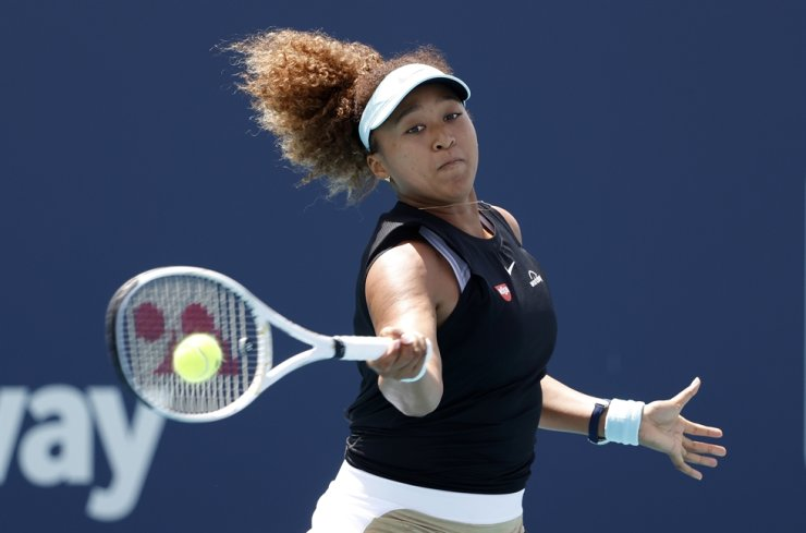 Naomi Osaka of Japan in action against Ajla Tomljanovic of Australia during their Women's singles match at the Miami Open tennis tournament in Miami Gardens, Florida, USA, March 26, 2021. EPA-Yonhap