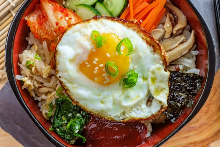 Bibimbap, rice mixed with a variety of vegetables and meat, is one of the most preferred Korean dishes among global consumers. gettyimagesbank