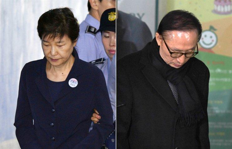Former presidents Park Geun-hye, left, and Lee Myung-bak / Korea Times file