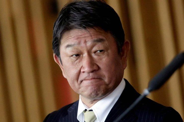 Japan's Foreign Minister Toshimitsu Motegi in Brasilia, Brazil on January 8, 2021 / Reuters
