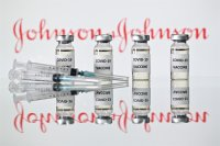 US recommends 'pause' for JJ vaccine over clot reports
