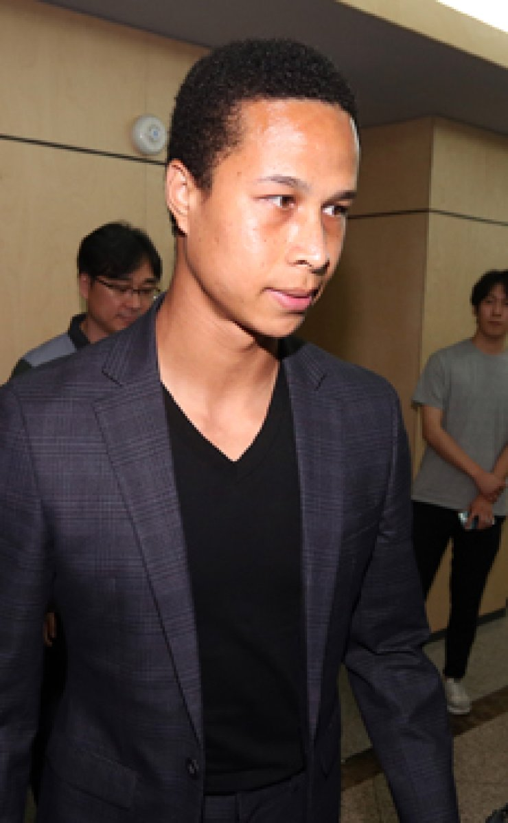 Kang Soo-il appears at a hearing regarding a doping violation at the Korea Football Association, on Aug. 12. / YonhapChoi Jin-haeng of Hanwha Eagles returns home after hitting a home run during a game against the KT Wiz on Aug. 12. / Yonhap