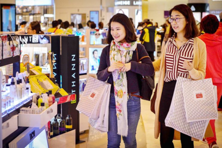 Seoul will provide a free class to help foreign entrepreneurs start up an online shopping mall. / Courtesy of Seoul Global Center
