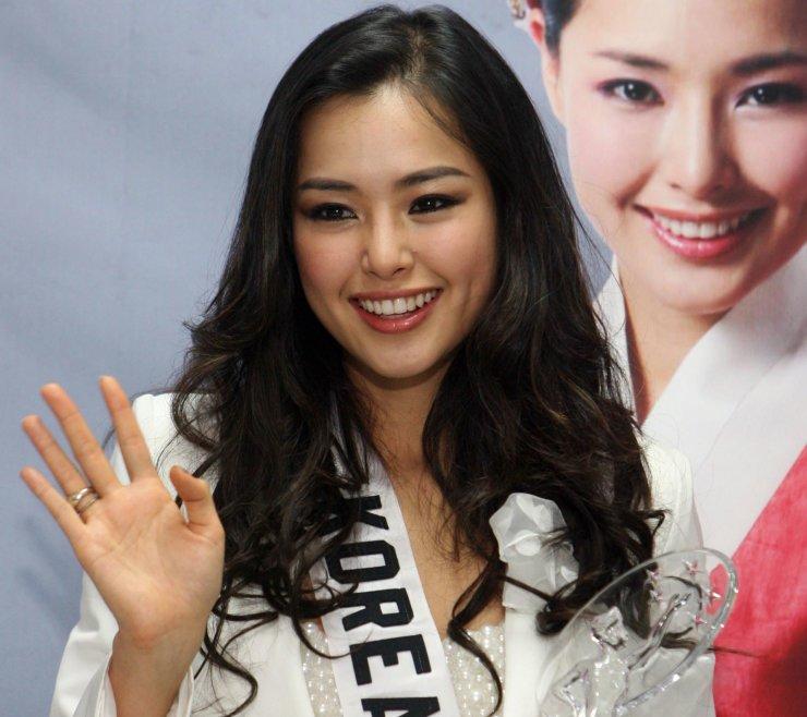 Miss Korea-turned-actress Lee Ha-nui / Korea Times file
