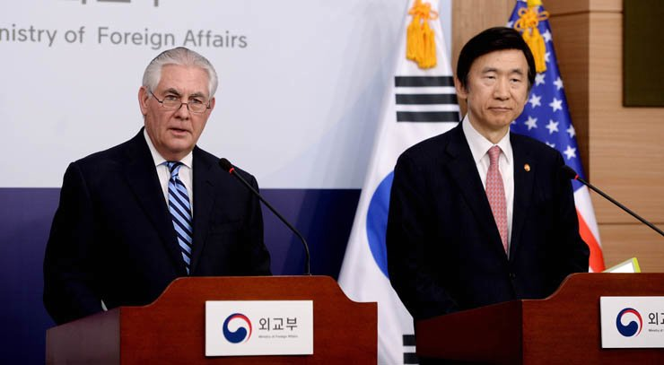 U.S. Secretary of State Rex Tillerson said Friday that all options even including military choice remain on the table in dealing with North Korea's nuclear and missile threats, adding that the so-called strategic patience with Pyongyang has ended. / Yonhap