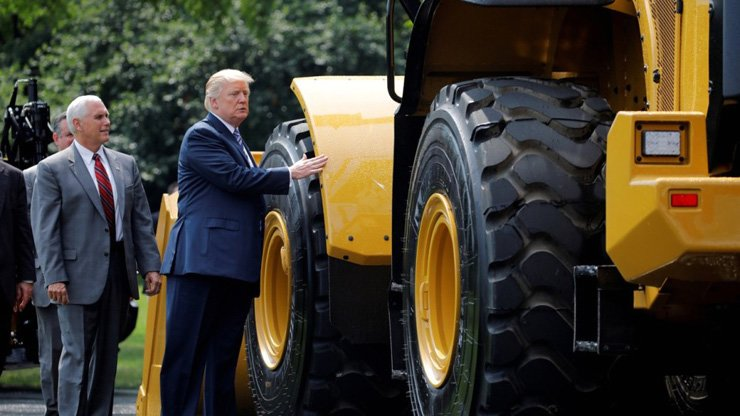US machinery giant Caterpillar could be subject to tighter Chinese security and environmental reviews if China hits back at US tariffs, former commerce vice-minister Wei Jianguo says. / Reuters
