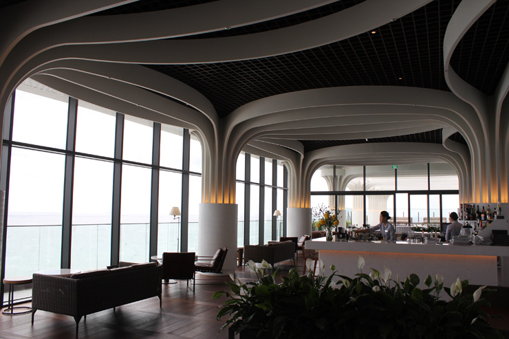 The view of swimming pools on different floors at Hilton Busan / Korea Times photo by Yi Whan-woo