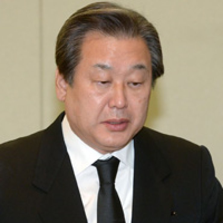 Saenuri Party Chairman Kim Moo-sungFormer President Lee Myung-bak