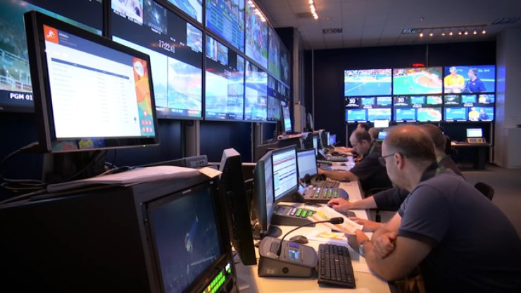 Technicians work around the clock at the International Broadcast Center in Rio de Janeiro during the 2016 Rio Summer Olympics. General Electric (GE) built an electrical distribution system and other support infrastructure for the world's largest sporting event this year. The company wants to do the same for the 2018 PyeongChang Winter Olympics. / Courtesy of GE Korea