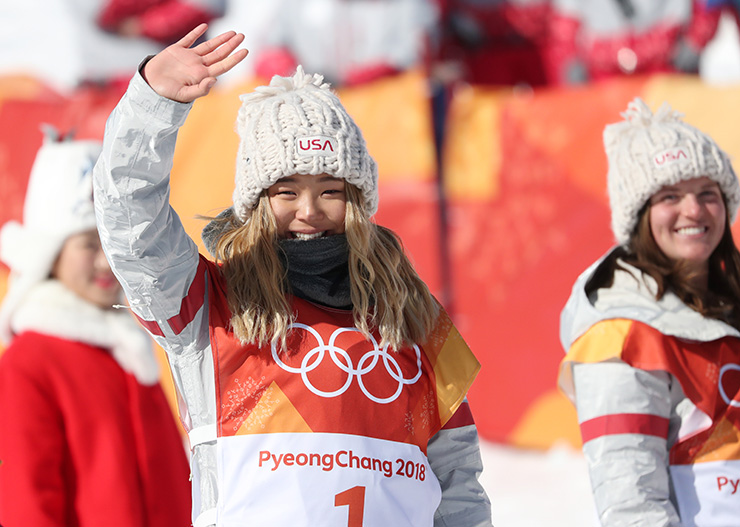 Korean-American snowboard prodigy Chloe Kim jumps during the women's halfpipe finals at Phoenix Snow Park at the 2018 Winter Olympics in PyeongChang, Tuesday. / Korea Times photo by Shim Hyun-chul