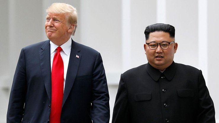 U.S. President Donald Trump and North Korean leader Kim Jong-un / Joint Press Corps