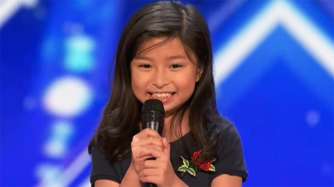 Hong Kong girl with huge voice wows US talent show [VIDEO]