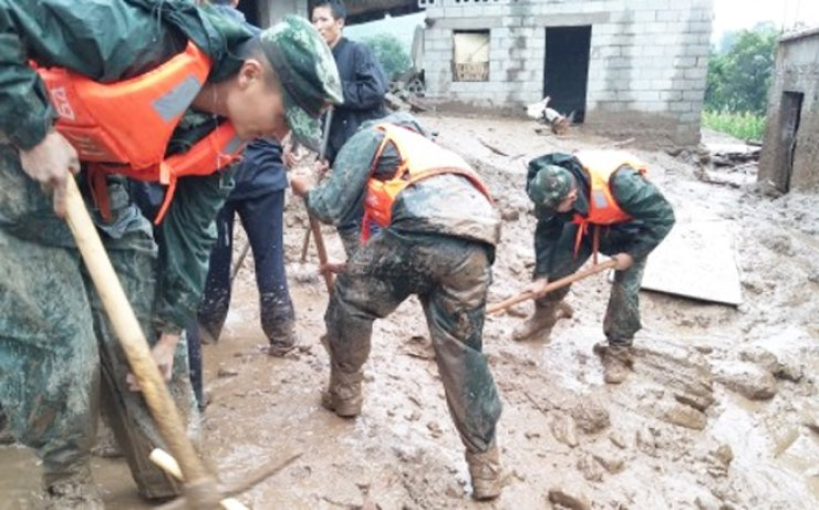 Rescuers work in quake-hit Jiuzhaigou County, southwest China's Sichuan Province. A 7.0-magnitude earthquake struck a remote area in southwest China's Sichuan Province Tuesday night, leaving at least five people dead and more than 160 injured.