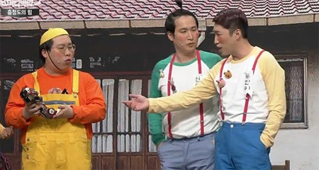 Kim Young-hee(left) from tvN's 'Comedy Big League' / Courtesy of tvN