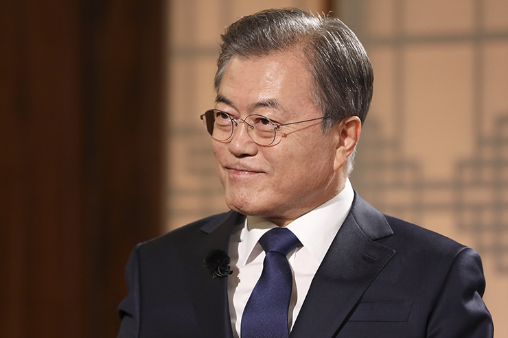 President Moon Jae-in during a special interview with KBS at the presidential office, Cheong Wa Dae, on May 9, 2019. Photo by Presidential Photo Office