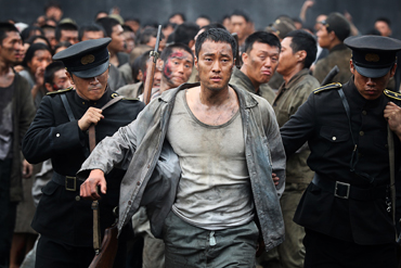 A scene from 'A Taxi Driver' / Courtesy of ShowboxA scene from 'The Battleship Island' / Courtesy of CG Entertainment
