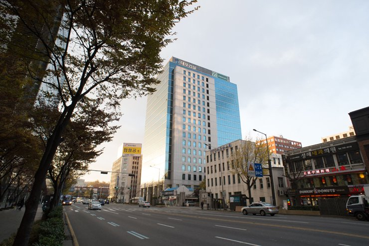 Daewoo E&C head office in Seoul / Korea Times file