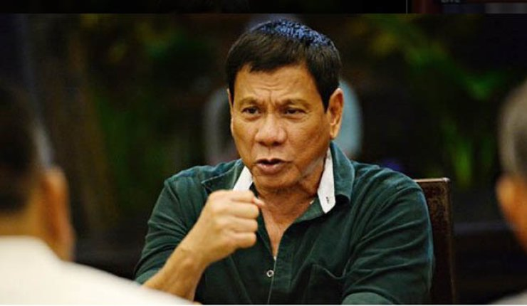 'I apologize for the death of your compatriot,' said Rodrigo Duterte during his speech on Thursday. / Yonhap