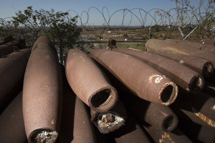 Shells used by the U.S. Forces Korea (USFK) are piled up in a field on Nong Island in Maehyang-ri, Hwaseong, Gyeonggi Province, Monday. With the Korean War breaking, the USFK began to use the small island as a firing range in 1951 and this continued for 54 years to 2005 according to an agreement with the South Korean government. They shelled the island for 11 hours a day, 250 days a year on average during the half-century of time, and 4,000 residents in Maehyang-ri suffered from the noise of fighters and the bombings. / Korea Times photo by Choi Won-suk
