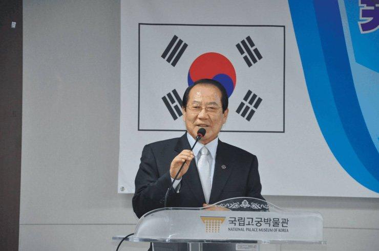 Kwon Chun-moon gives a speech on 'yunnori' at the National Palace Museum of Korea. / Courtesy of Kwon Chun-moon