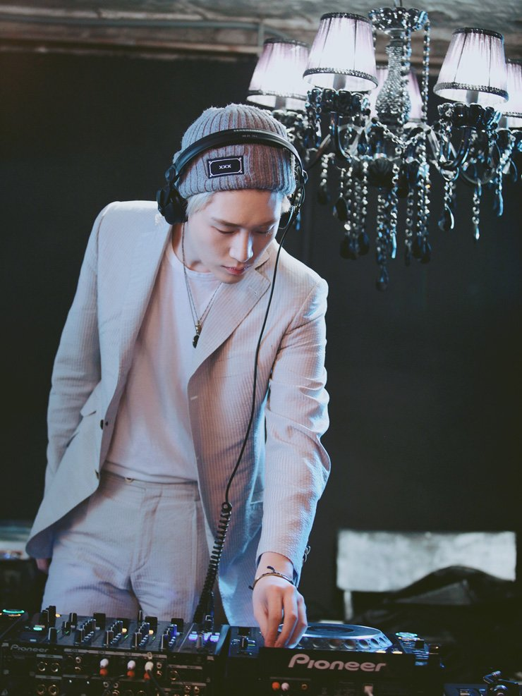 Fashion model and disk jockey Kim Ki-bum / Courtesy of YG KPLUS