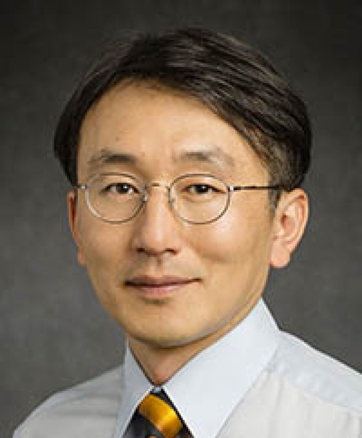 Kim Nam-sung, professor of computer science and engineering at University of Illinois Urbana-Champaign