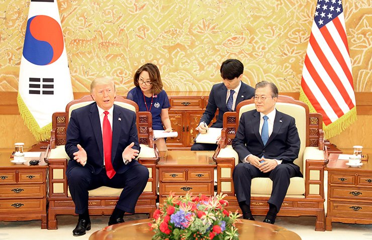 U.S. President Donald Trump speaks during a meeting with South Korean President Moon Jae-in at Cheong Wa Dae in Seoul, Sunday. Yonhap