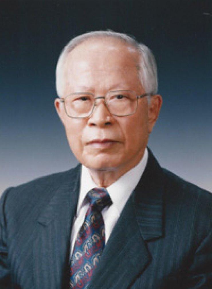 Suh Yun-bok