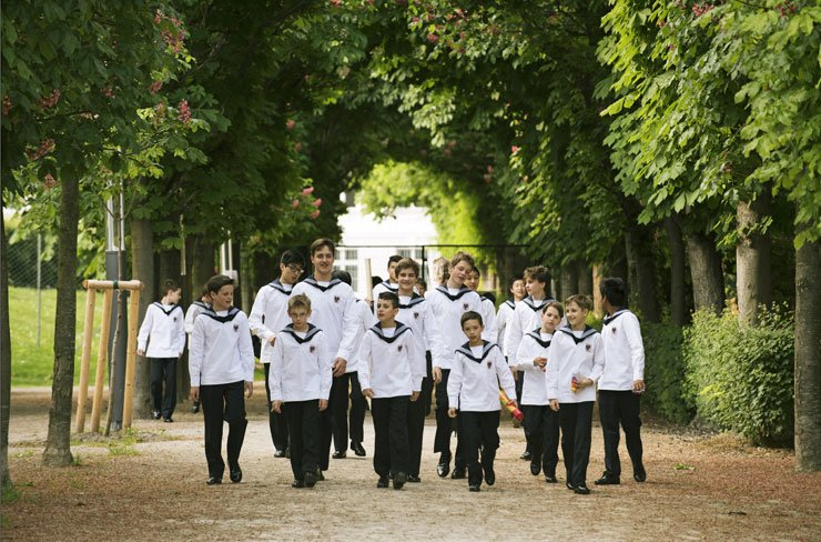 The Vienna Boys Choir is visiting Korea for New Year's Concerts at Seoul Arts Center Concert Hall on Jan. 27 and 28. /Courtesy of Credia International