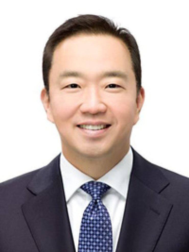 IBM Korea CEO Chang Hwa-jin