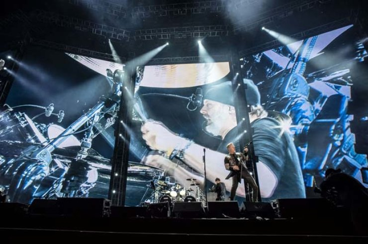 Metallica performs at the Gocheok Sky Dome, Wednesday. / Courtesy of A.I.M.