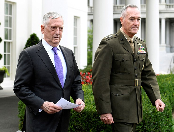 U.S. Secretary of Defense James Mattis (L) walks with Chairman of the Joint Chiefs of Staff Gen. Joseph Dunford from the West Wing of the White House to make a statement in response to North Korea's latest nuclear testing, in Washington, Sept. 3, 2017. Reuters