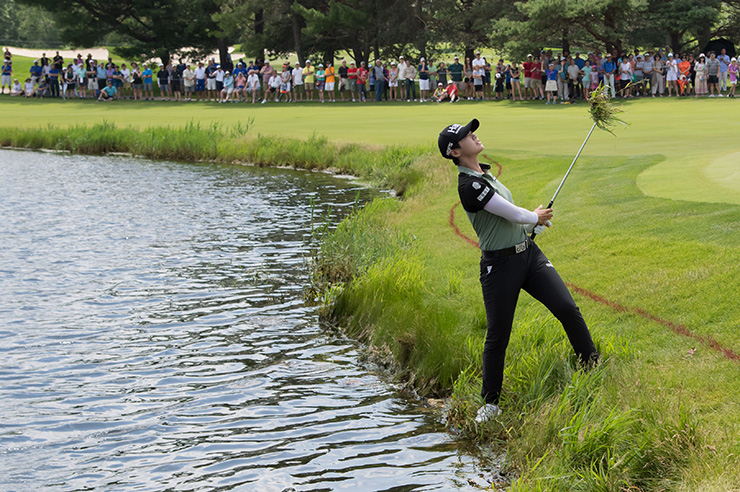 Park Sung-hyun chips on the sixteenth hole during round four of the 2018 KPMG Women's PGA Championship at Kemper Lakes Golf Club in Kildeer Il, Illinois. Yonhap