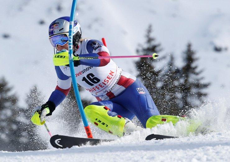 Skiing - Alpine Skiing World Cup - Ladies' Alpine Combined - Lenzerheide, Switzerland - January 26, 2018. Lindsey Vonn of the U.S. in action. / reuters