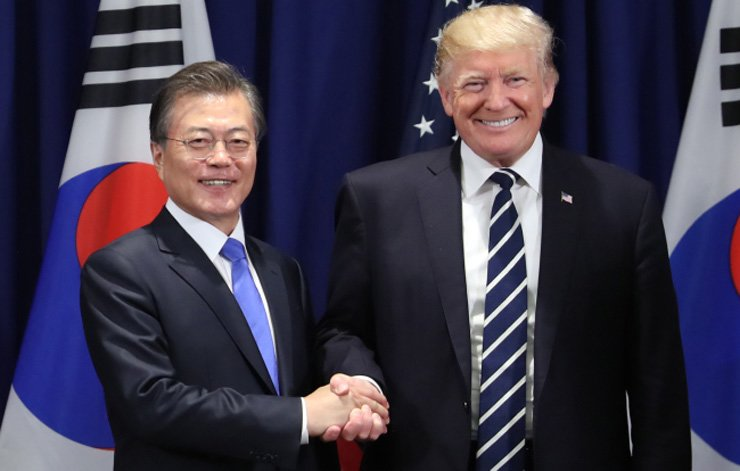 South Korean President Moon Jae-in and his U.S. counterpart Donald Trump / Yonhap