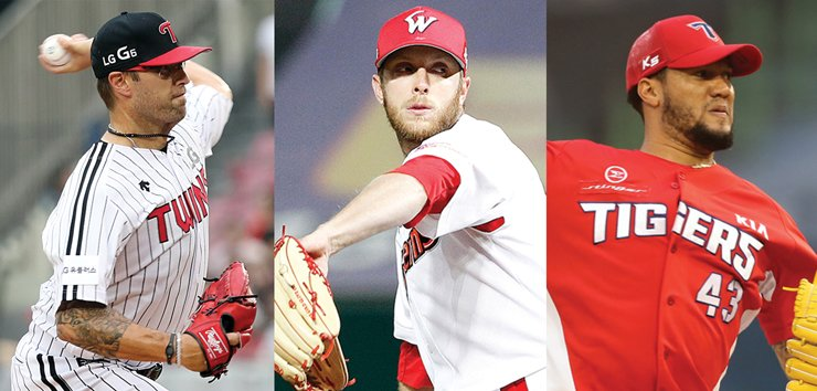 There are currently 30 foreign-born athletes playing in the Korea Baseball Organization League. From left are LG Twins pitcher David Huff, SK Wyverns ace pitcher Merrill Kelly and Kia Tigers starter Hector Noesi. / Yonhap