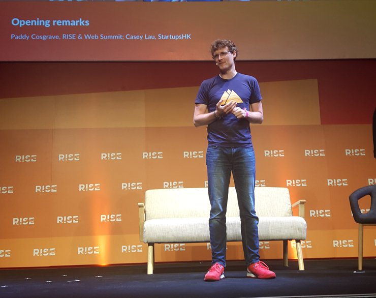 Paddy Cosgrave, co-founder & CEO of RISE & Web Summit, delivers the opening speech at the RISE 2017 conference at the Hong Kong Convention Center, Tuesday. The largest tech conference in Asia will take place through Thursday. / Korea Times photo by Park Jae-hyuk