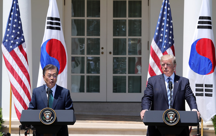 US president hints at renegotiation of FTA with S. Korea