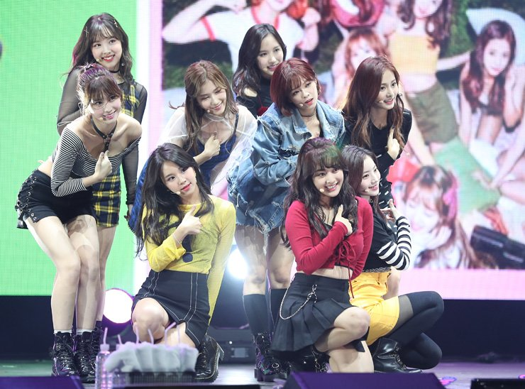 K-pop girl band TWICE performs during the press showcase for their new album 'Twicetagram' at YES24 LiveHALL in Gwangjin-gu, Seoul, Monday. / Courtesy of JYP Entertainment